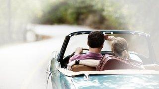 Rüyada araba görmek ne anlama gelir? Rüyada araba görmek ne demektir?