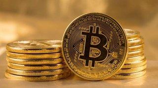 Bitcoin, son 6 haftada ilk kez 40.000 dolara ulaştı