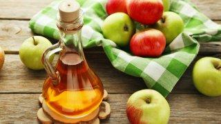 Elma sirkesi nasıl yapılır? Evde elma sirkesi tarifi!