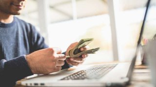 İnternetten para kazanma yolları nelerdir? İnternetten nasıl para kazanılır?
