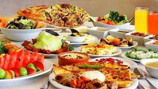 Oruç tutarken susatmayan ve tok tutan yiyecekler nelerdir? Sahurda ne yemeli?