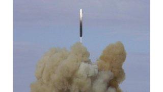 """Rusya, hipersonik başlığa sahip """"Avangard"""" kıtalararası hipersonik bir füze test etti"""