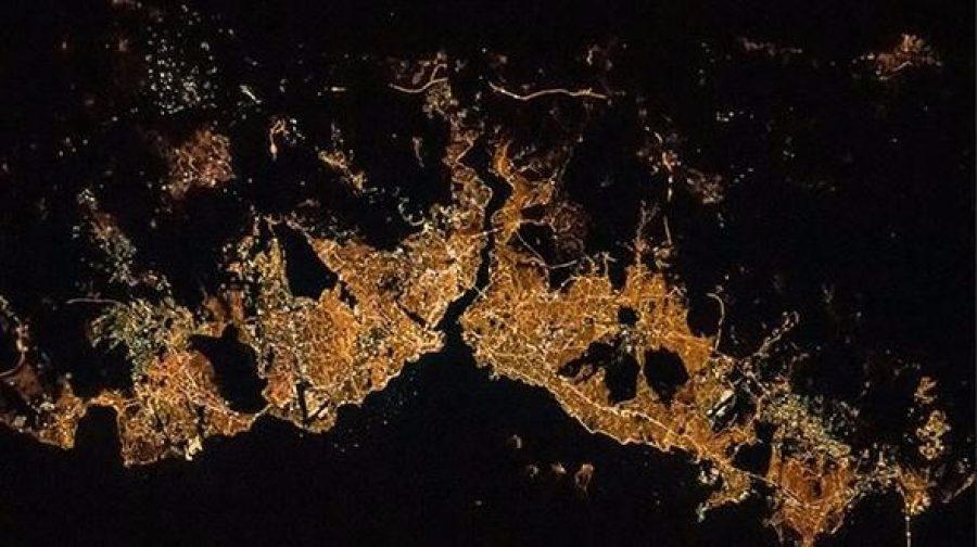 NASA'dan ilginç İstanbul paylaşımı: Hey İstanbul, parlıyorsun!