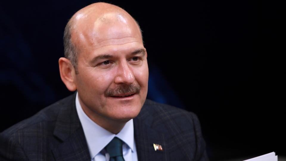 TBMM Başkanı Şentop, 10 bin dolar alan siyasetçinin kim olduğunu Bakan Soylu'ya bizzat sordu!