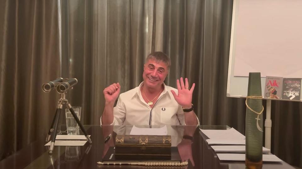 Sedat Peker'den bir siyasetçiye 10 bin dolar verdiği iddiasına yanıt geldi: Daha fazlasını verdim!