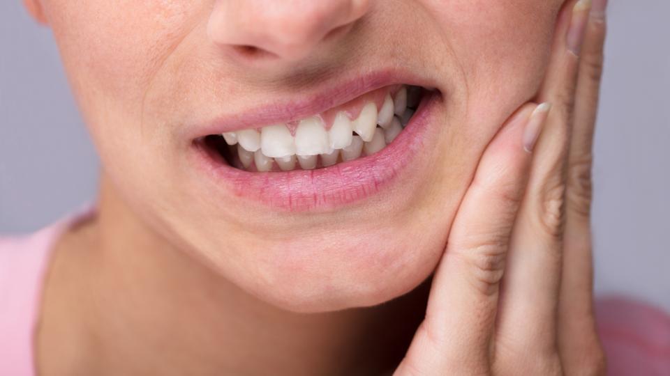 Diş ağrısı nasıl geçer? Diş ağrısına evde ne iyi gelir?