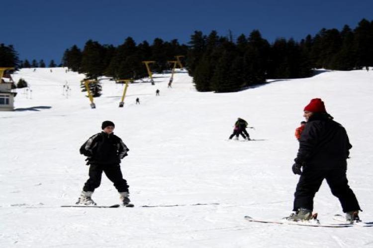 Uludağ'da kar kalınlığı 18 santimetreyi geçti...