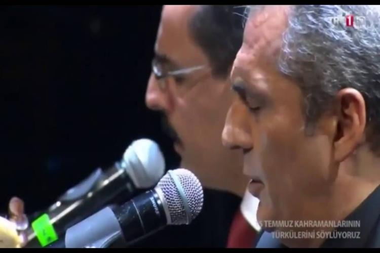 Cumhurbaşkanlığı sözcüsü İbrahim Kalın ve Yavuz Bingöl birlikte sahne aldı