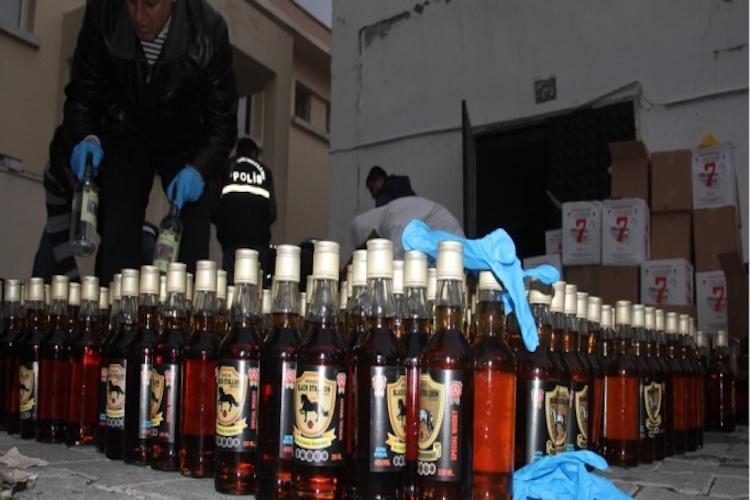 Elazığ'da 5 bin litre sahte içki ele geçirildi