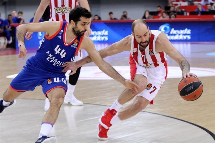 THY Avrupa Ligi'nde Anadolu Efes Yunan ekibi Panathinaikos'u ezdi geçti...